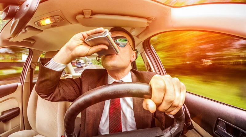 пьяный за рулём автомобиля