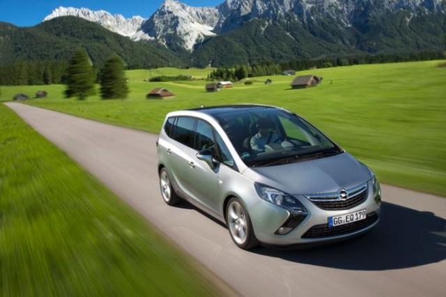 Компания Opel представила самую мощную версию минивэна Zafira Tourer